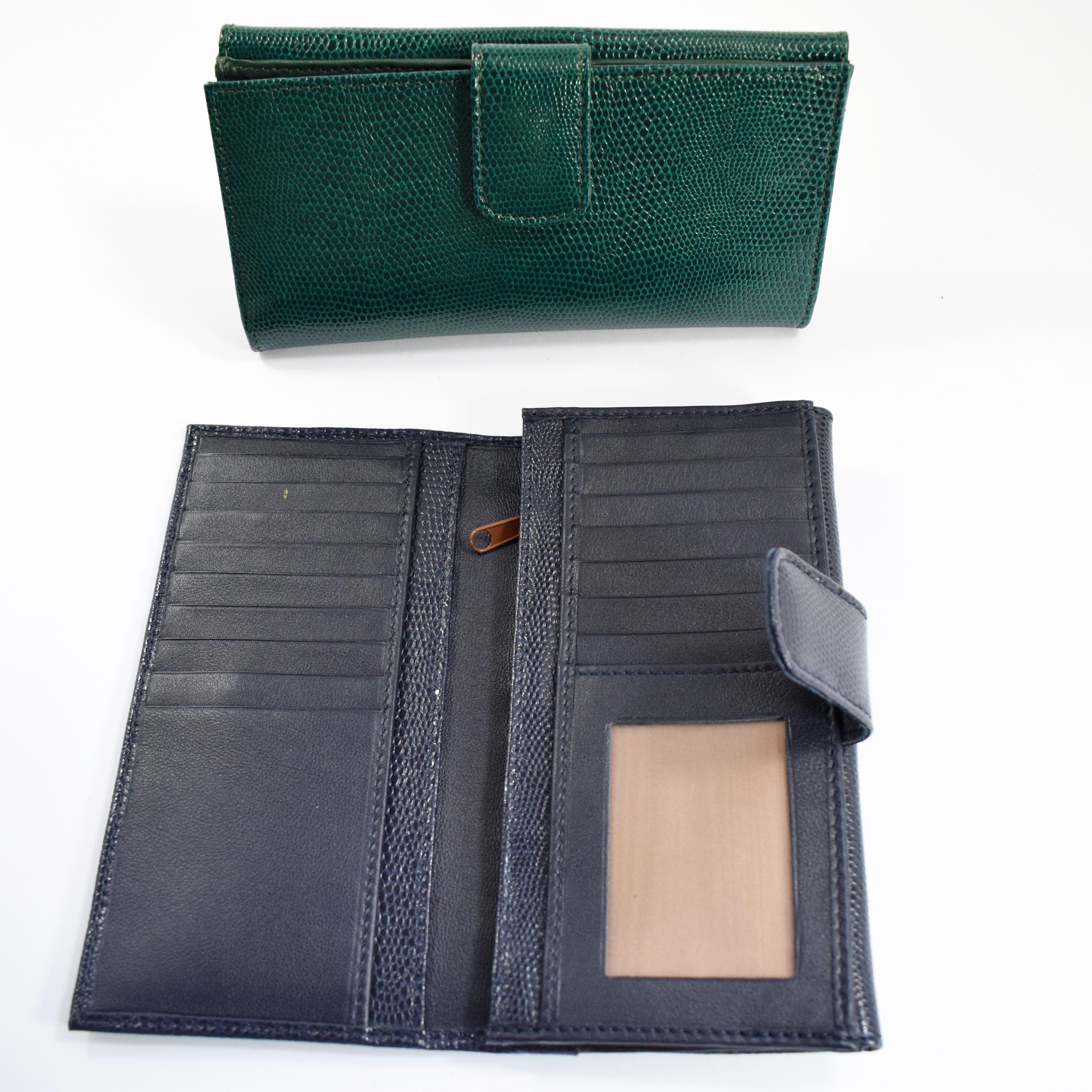 1632 n Women's wallet with flap by Bottega Fiorentina