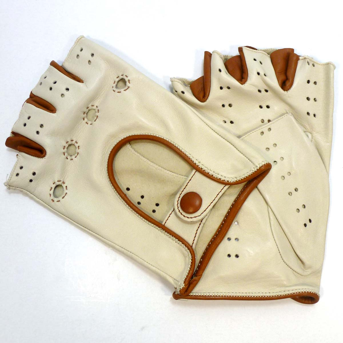 8K32uDT Fingerless driving Glove by Bottega Fiorentina